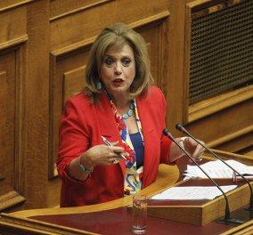 Η Θεοδώρα Μεγαλοοικονόμου στην κοινοβουλευτική ομάδα του ΣΥΡΙΖΑ  - Κυρίως Φωτογραφία - Gallery - Video