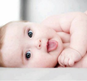 Καλότυχο να 'ναι το μπεμπάκι! Αυτό είναι το πρώτο μωρό για το 2018, ελληνόπουλο που γεννήθηκε στη Γερμανία (ΦΩΤΟ) - Κυρίως Φωτογραφία - Gallery - Video