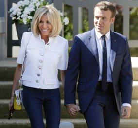 Το απόλυτο σικ της Brigitte Macron! Μια λευκή οπτασία δίπλα στο σύζυγό της (ΦΩΤΟ) - Κυρίως Φωτογραφία - Gallery - Video