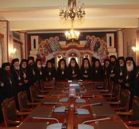 Διαρκής Ιερά Σύνοδος: «Στα εθνικά θέματα δεν χωρούν μικροκομματικές προσεγγίσεις & ερμηνείες» - «Όχι στον όρο «Μακεδονία» - Κυρίως Φωτογραφία - Gallery - Video