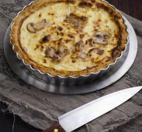 Πρωτότυπη γκουρμέ τάρτα με μανιτάρια σοτέ, κατσικίσιο τυρί και λάδι λευκής τρούφας - Ο Γιάννης Λουκάκος μας λέει bon appétit! - Κυρίως Φωτογραφία - Gallery - Video