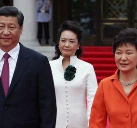 """30 χρόνια φυλακή ζητούν οι Αρχές για την πρώην πρόεδρο της Ν. Κορέας - 20 στην κολλητή της φίλη """"εισπράκτορα"""" για τις μίζες  - Κυρίως Φωτογραφία - Gallery - Video"""