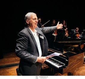 "Sold out η συναυλία του Γιώργου Λαιμού στο Μέγαρο Μουσικής-Μελωδικό ταξίδι αγάπης για την ""Πνοή"" με λαμπερές παρουσίες (ΦΩΤΟ-ΒΙΝΤΕΟ) - Κυρίως Φωτογραφία - Gallery - Video"