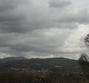 Βελτιώνεται ο καιρός, αλλά συννεφιά & τοπικές βροχές θα συνεχιστούν- Αναλυτικά η πρόγνωση - Κυρίως Φωτογραφία - Gallery - Video