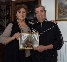 """Γονείς Έλληνα στρατιωτικού στο Spiegel: """"Ζούμε σε μια θύελλα - Στα μάτια μας είναι ήρωας..."""" - Κυρίως Φωτογραφία - Gallery - Video"""