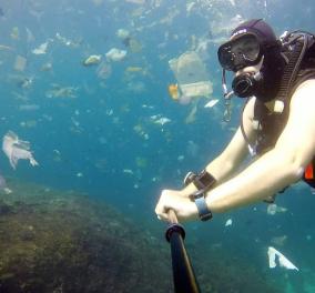 Απίστευτο βίντεο: Δύτης κολυμπά σε θάλασσα της Ινδονησίας - Είναι γεμάτο από πλαστικά απόβλητα - Κυρίως Φωτογραφία - Gallery - Video