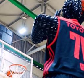 Υπερεξελιγμένο ρομποτάκι με την υπογραφή της Toyota - Αυτός είναι ο μάστερ μπασκετμπολίστας που δεν χάνει βολή! (ΒΙΝΤΕΟ) - Κυρίως Φωτογραφία - Gallery - Video
