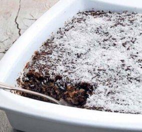 Πεντανόστιμο νηστίσιμο ραβανί χωρίς αυγά από την Αργυρώ Μπαρμπαρίγου - Κυρίως Φωτογραφία - Gallery - Video