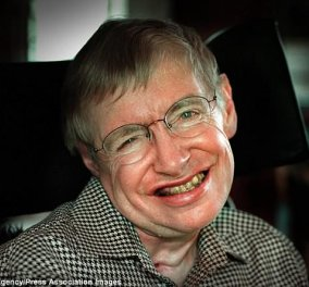 """Συγκλονιστικός Stephen Hawking: Το τελευταίο """"δώρο"""" του στην ανθρωπότητα μας συγκίνησε- Πλήρωσε για το πασχαλινό γεύμα 50 αστέγων την ημέρα της κηδείας του  - Κυρίως Φωτογραφία - Gallery - Video"""