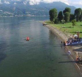 Καρέ - καρέ η συγκλονιστική στιγμή που ένας μοτοσικλετιστής οδήγησε την μηχανή του στην τρίτη μεγαλύτερη λίμνη της Ιταλίας (ΒΙΝΤΕΟ)  - Κυρίως Φωτογραφία - Gallery - Video