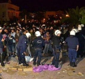 """Ακροδεξιοί σε μετανάστες: """"Κάψτε τους ζωντανούς"""" - Καρέ θλίψης από τη Μυτιλήνη από τις βραδινές συμπλοκές (ΦΩΤΟ - ΒΙΝΤΕΟ) - Κυρίως Φωτογραφία - Gallery - Video"""