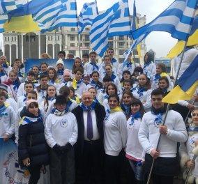 Ένας τόπος γεμάτος Ελλάδα- Συγκίνηση και ενθουσιασμός στις εορταστικές εκδηλώσεις της 25ης Μαρτίου στην Οδησσό (ΦΩΤΟ) - Κυρίως Φωτογραφία - Gallery - Video