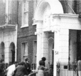 Vintage story: 21η Απριλίου 1967, ομάδα διαδηλωτών με επικεφαλής μια γυναικά κατέλαβαν την ελληνική πρεσβεία στο Λονδίνο - Κυρίως Φωτογραφία - Gallery - Video