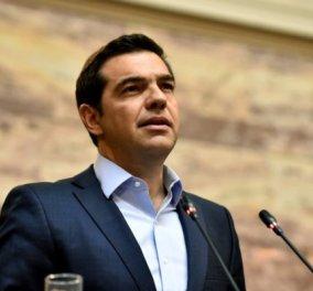 Ή θα τα αλλάξουμε όλα και θα γκρεμίσουμε ή θα επιμείνουμε στο «η Ελλάδα δεν πεθαίνει ποτέ, κουφάλες Ευρωπαίοι» - Κυρίως Φωτογραφία - Gallery - Video