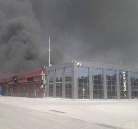 Μεγάλη φωτιά σε εργοστάσιο μπαταριών στην Ξάνθη- Εκκένωση οικισμών (ΦΩΤΟ-ΒΙΝΤΕΟ) - Κυρίως Φωτογραφία - Gallery - Video