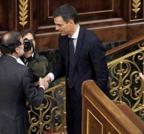 Kαι η Ισπανία σε δίνη: Ο Ραχόι πήγε σπίτι του, ο Σάντσεθ έγινε πρωθυπουργός - Πως υπερψηφίστηκε η πρόταση μομφής - Κυρίως Φωτογραφία - Gallery - Video