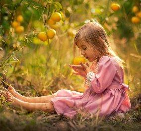Φαντασμαγορικές λήψεις παιδιών με φρούτα που θα σας ταξιδέψουν στη φύση (ΦΩΤΟ) - Κυρίως Φωτογραφία - Gallery - Video