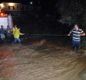 Δύσκολο βράδυ για την Θεσσαλονίκη- Έσπασε φράγμα & πλημμύρισαν δύο χωριά- Κινδύνεψαν άνθρωποι- Ανάμεσά τους μία έγκυος & ένα μωρό - Κυρίως Φωτογραφία - Gallery - Video