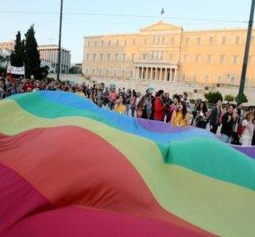 Για πρώτη φορά η Βουλή ντύνεται στα χρώματα του gay pride- Ποιοι βουλευτές διαφωνούν - Κυρίως Φωτογραφία - Gallery - Video