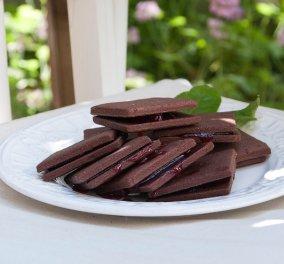 Φανταστικά μπισκότα σοκολάτας με μαρμελάδα από τον Στέλιο Παρλιάρο - Κυρίως Φωτογραφία - Gallery - Video