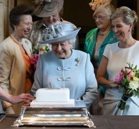 Ζητείται ζαχαροπλάστης για το Μπάκιγχαμ: Η Βασίλισσα Ελισάβετ, ως γνωστόν, αγαπά τα γλυκά και ειδικά το tea time - Δείτε την αγγελία - Κυρίως Φωτογραφία - Gallery - Video