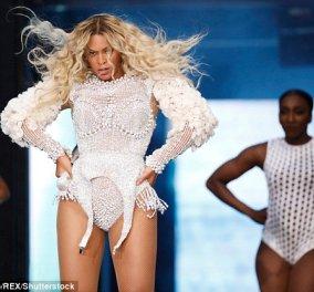 Η Beyoncé έβαλε ένα τόσο φορτωμένο με μαργαριτάρια κορμάκι που δεν μπορούσε να χορέψει (φωτο- βίντεο) - Κυρίως Φωτογραφία - Gallery - Video