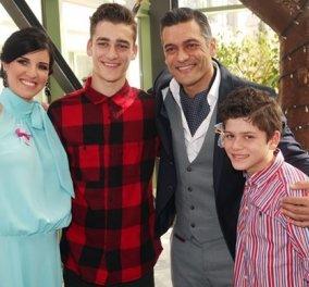 Ο Στέλιος Κρητικός σε μια απολαυστική συνέντευξη στο σπίτι του μαζί με τα παιδιά του - Όλα όσα είπε! (ΒΙΝΤΕΟ) - Κυρίως Φωτογραφία - Gallery - Video