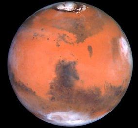 Πρώτη φορά! Φωτογράφισε τον πλανήτη Άρη τη στιγμή που αντανακλάται στη θάλασσα (Φωτό) - Κυρίως Φωτογραφία - Gallery - Video