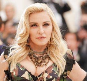 Η Madonna γίνεται 60 σήμερα και στέφθηκε βασίλισσα των Βερβέρων: Τα  γενέθλια στο Μαρόκο (Φώτο) - Κυρίως Φωτογραφία - Gallery - Video