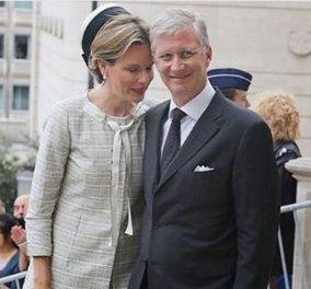 Η Βασίλισσα του Βελγίου κάνει τσουλήθρα και δίπλα της ο Βασιλιάς αμήχανος όσο ποτέ (Φωτό) - Κυρίως Φωτογραφία - Gallery - Video