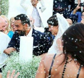 Δείτε τις εξαιρετικές εμφανίσεις των καλεσμένων γυναικών στον γάμο του Σάκη και της Χριστίνας - Κυρίως Φωτογραφία - Gallery - Video