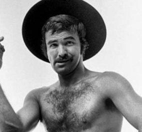 Μπαρτ Ρέυνολντς - Αυτός ήταν άντρας κύριοι παλιάς κοπής: Με τα πιασίματα του το μουστάκι γυμνός η με ζιβάγκο το πούρο της Bentley   - Κυρίως Φωτογραφία - Gallery - Video