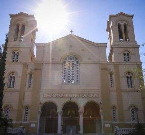 """Νέο """"χτύπημα"""" του Ρουβίκωνα: Εισέβαλαν στον ναό του Αγίου Νικολάου στα Εξάρχεια φωνάζοντας """"Υποκριτές""""  - Κυρίως Φωτογραφία - Gallery - Video"""
