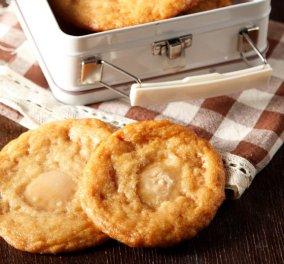 Η  Νένα Ισμυρνόγλου δημιουργεί: Πεντανόστιμα μπισκότα με καραμέλες γάλακτος αγελαδίτσα που πάνε τέλεια με τον καφέ σας!   - Κυρίως Φωτογραφία - Gallery - Video
