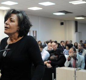 Η μητέρα του Παύλου Φύσσα μιλά για το βράδυ της δολοφονίας και συγκλονίζει: «Προσπάθησα να τον ζεστάνω για να τον φέρω πίσω» - Κυρίως Φωτογραφία - Gallery - Video