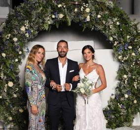 Ντορέττα Παπαδημητρίου- Αθηνά Οικονομάκου με συγκλονιστικές εμφανίσεις στον γάμο Χριστίνας -Σάκη (φώτο) - Κυρίως Φωτογραφία - Gallery - Video