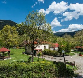 Ninemia Stay and Play: Παράδεισος για τις διακοπές της οικογένειας στο Καρπενήσι: 5 σπιτάκια, 8 στρέμματα, παιδικές χαρές, φάρμα με ζώα - Κυρίως Φωτογραφία - Gallery - Video