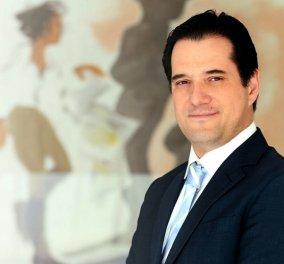 Ο Άδωνις Γεωργιάδης παίζει τένις, χάνει αλλά μας δίνει συμβουλή: «Σηκωθείτε από τον καναπέ σας, νιώστε ωραία με άσκηση» (Φωτό) - Κυρίως Φωτογραφία - Gallery - Video