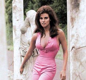 Όταν η σεξοβόμβα των '70s, Ρακέλ Γουέλτς, φορούσε ροζ και μωβ προτάσσοντας αληθινό κι όχι ψεύτικο στήθος (Φωτό) - Κυρίως Φωτογραφία - Gallery - Video