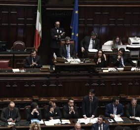 """Σε τεντωμένο σχοινί οι σχέσεις Ιταλίας - Ε.Ε. - Για """"παγκόσμια οικονομική καταστροφή"""" προειδοποιεί η Ρώμη- """"Δεν θα μας κάνετε Ελλάδα""""   - Κυρίως Φωτογραφία - Gallery - Video"""