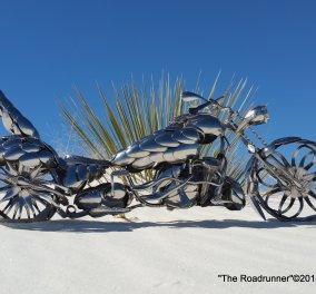 Αμερικανός καλλιτέχνης φτιάχνει απίθανες μινιατούρες μοτοσικλετών από κουτάλια - Φώτο - Κυρίως Φωτογραφία - Gallery - Video