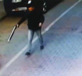 Βίντεο γροθιά στο στομάχι: 15χρονος δολοφονεί συνομήλικο του στο δρόμο για ασήμαντη αφορμή - Κυρίως Φωτογραφία - Gallery - Video