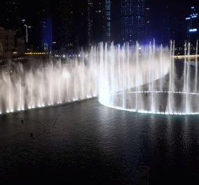 Το συντριβάνι του Ντουμπάι χορεύει το Thriller του Μάικλ Τζάκσον & όλοι ακολουθούν τον ρυθμό (βίντεο) - Κυρίως Φωτογραφία - Gallery - Video