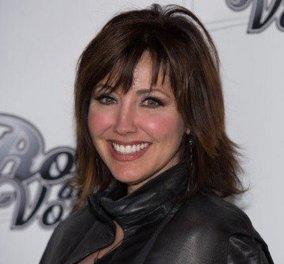 Η ηθοποιός του Χόλιγουντ, Μπόμπι Φίλιπς, καταγγέλλει τον τηλεοπτικό παραγωγό, Λέσλι Μούνβες: «Έβαλε το πέος του στο στόμα μου με το ζόρι!» (Φωτό) - Κυρίως Φωτογραφία - Gallery - Video