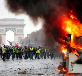 """Σαββατοκύριακο του διαβόλου στο Παρίσι: Με δακρυγόνα και αύρες διαλύουν τους διαδηλωτές με τα """"κίτρινα γιλέκα"""" - Δείτε LIVE εικόνες  - Κυρίως Φωτογραφία - Gallery - Video"""