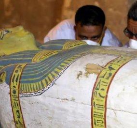 Συναρπαστικές εικόνες από την Αίγυπτο: Άθικτη σαρκοφάγος γυναίκας ηλικίας 3.000 ετών - Πρώτη φορά στο φως - Κυρίως Φωτογραφία - Gallery - Video
