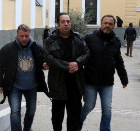 Προφυλακίστηκε ο Ριχάρδος με την σύμφωνη γνώμη ανακριτή και εισαγγελέα - Τα έριξε όλα στον Τούρκο συνεργό του - Κυρίως Φωτογραφία - Gallery - Video