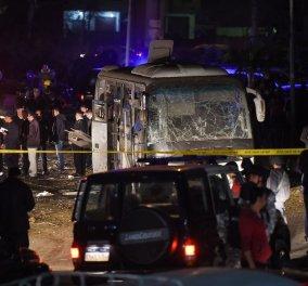 Τρόμος στο Κάιρο: Έκρηξη βόμβας σε τουριστικό λεωφορείο - Τέσσερις νεκροί -12 τραυματίες (φωτό-βίντεο) - Κυρίως Φωτογραφία - Gallery - Video