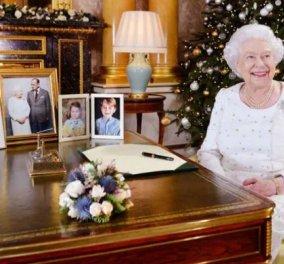 Η βασίλισσα Ελισάβετ εύχεται στο βασίλειο της «Καλά Χριστούγεννα» - Δείτε την φωτογραφία που δημοσίευσε το Παλάτι - Κυρίως Φωτογραφία - Gallery - Video