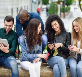 Αντέχεις 1 χρόνο χωρίς smartphone; Εταιρεία προσφέρει 100.000$ αν το κάνεις!   - Κυρίως Φωτογραφία - Gallery - Video